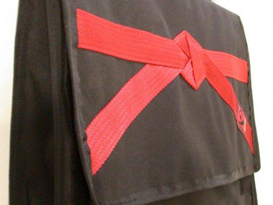 Geanta pentru arte martiale negru cu rosu