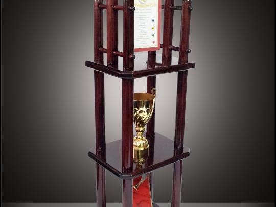 Trofeul TR1 personalizat