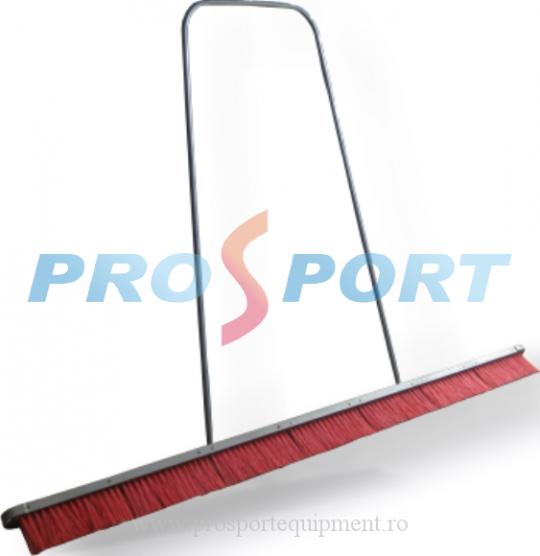 Perie intretinere teren tenis rosie