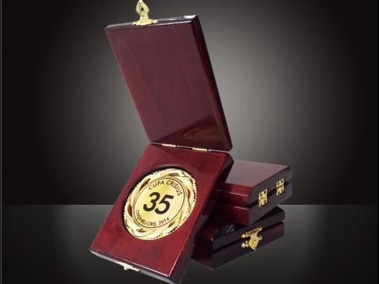 Cutie pentru medalie mb1 personalizata