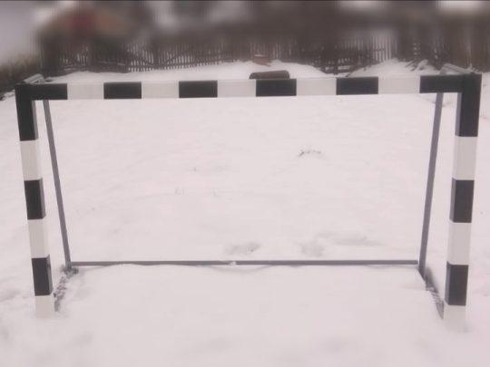 Poarta minifotbal PRO-Play dispusa afara pe zapada