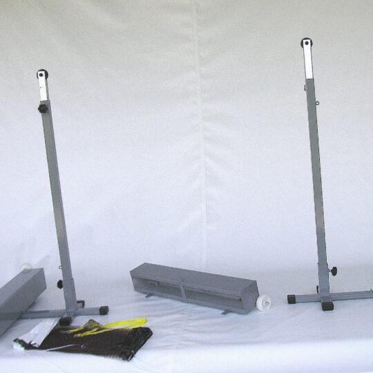 stalpi badminton mobili cu contragreutati si fileul compatibil