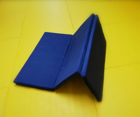 saltea gimnastica pliabila albastra