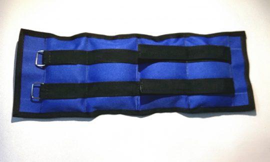 greutati maini si picioare culoarea albastra