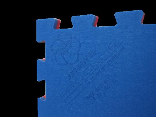 Saltea karate ProGame WKF detaliu sigla WKF