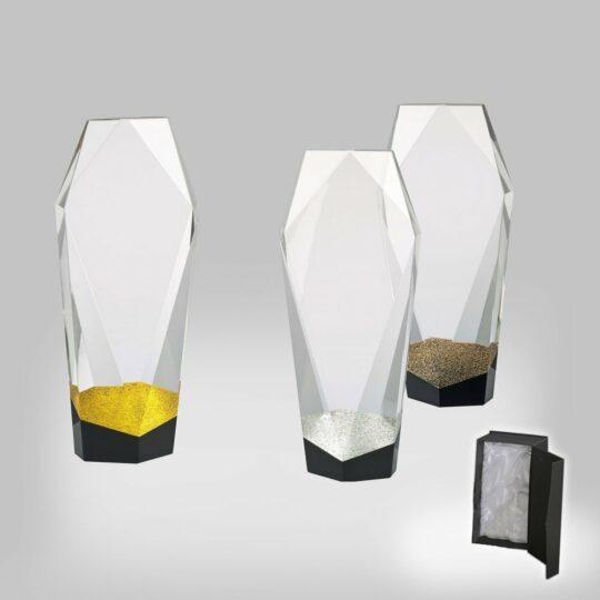 Trofeul cr05 in 3 versiuni cu cutie de prezentare