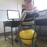 scaun ergonomic cu minge